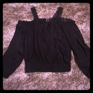 Bebe women's off shoulders blouse black M